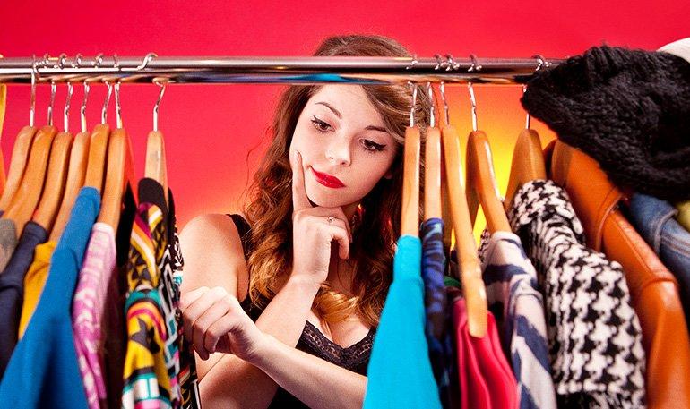 6 perguntas do desapego para liberar seu armário
