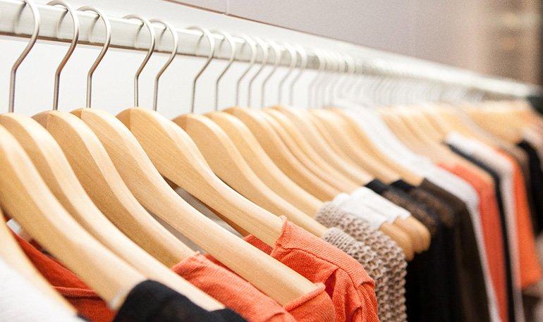 5 coisas que você precisa saber antes de comprar roupas novas