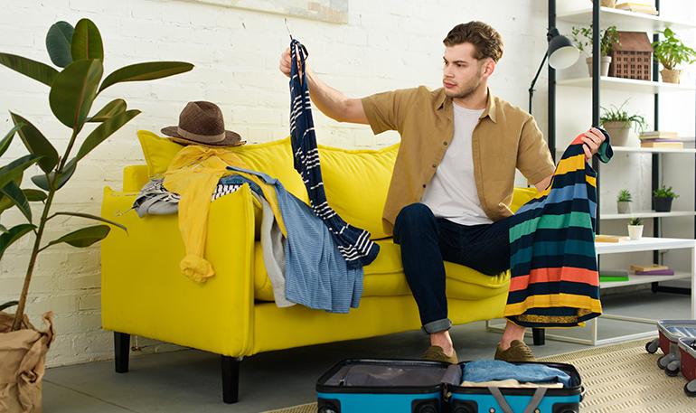 Como fazer a mala sem amassar as roupas?