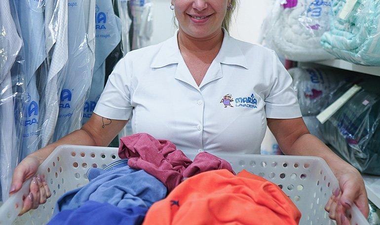 Por que o serviço de lavanderia ajuda a preservar as roupas